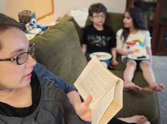 Mrs. Hatter is currently doing the bedtime readings with one of her favorite books, A Single Shard by Linda Sue Park.