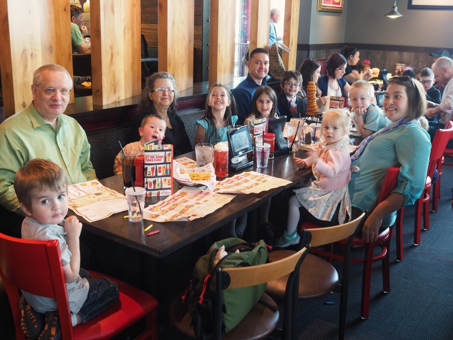 A big family lunch to celebrate graduation day for the kids' Aunt and Uncle! N particularly enjoyed sitting next to his Uncle, telling jokes, making silly videos and talking about our hiking plans for the next couple summers.