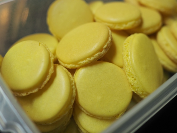 I've been trying to bake macarons lately, but I can't seem to get the shells quite right. They're hollow and the feet protrude. Maybe I'll try again today.